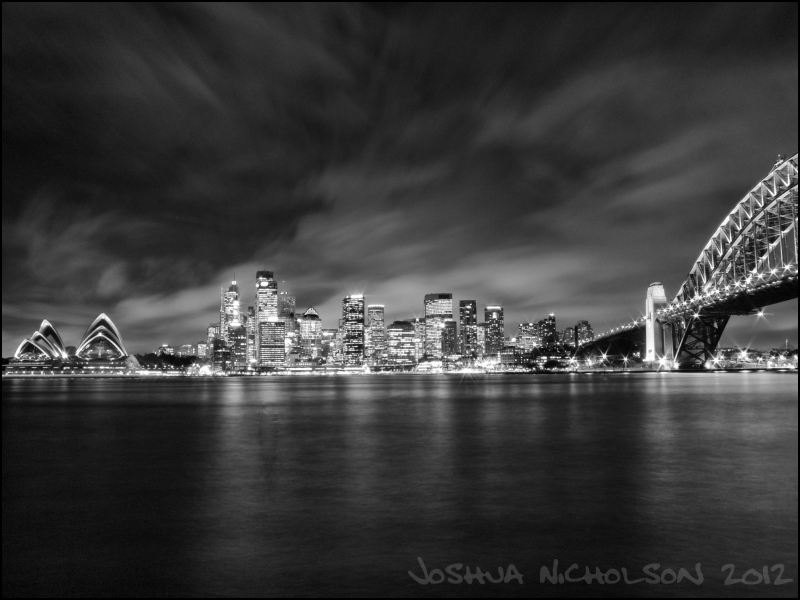 Looking at Sydney CBD at night