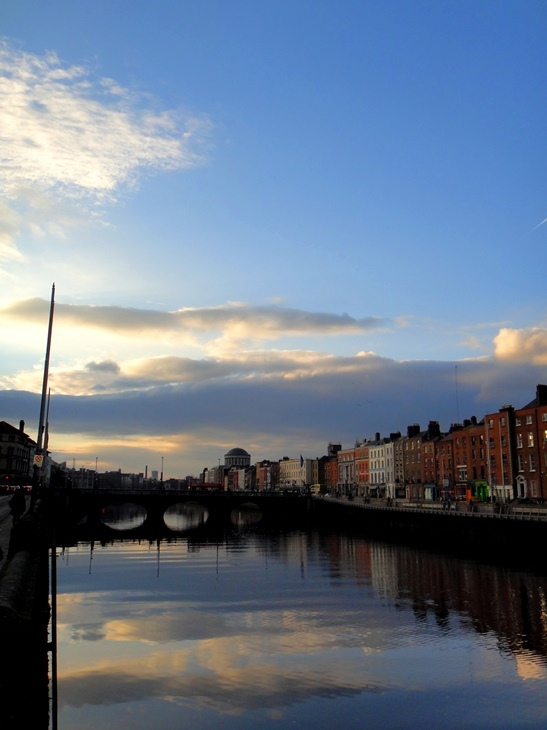 Dublin, Along the Liffey