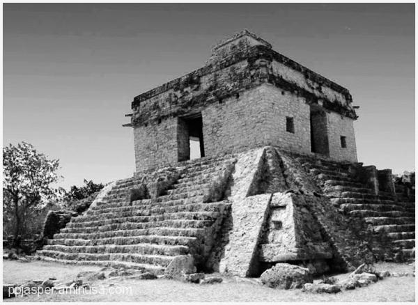 Dzibilchaltun - Yucatan