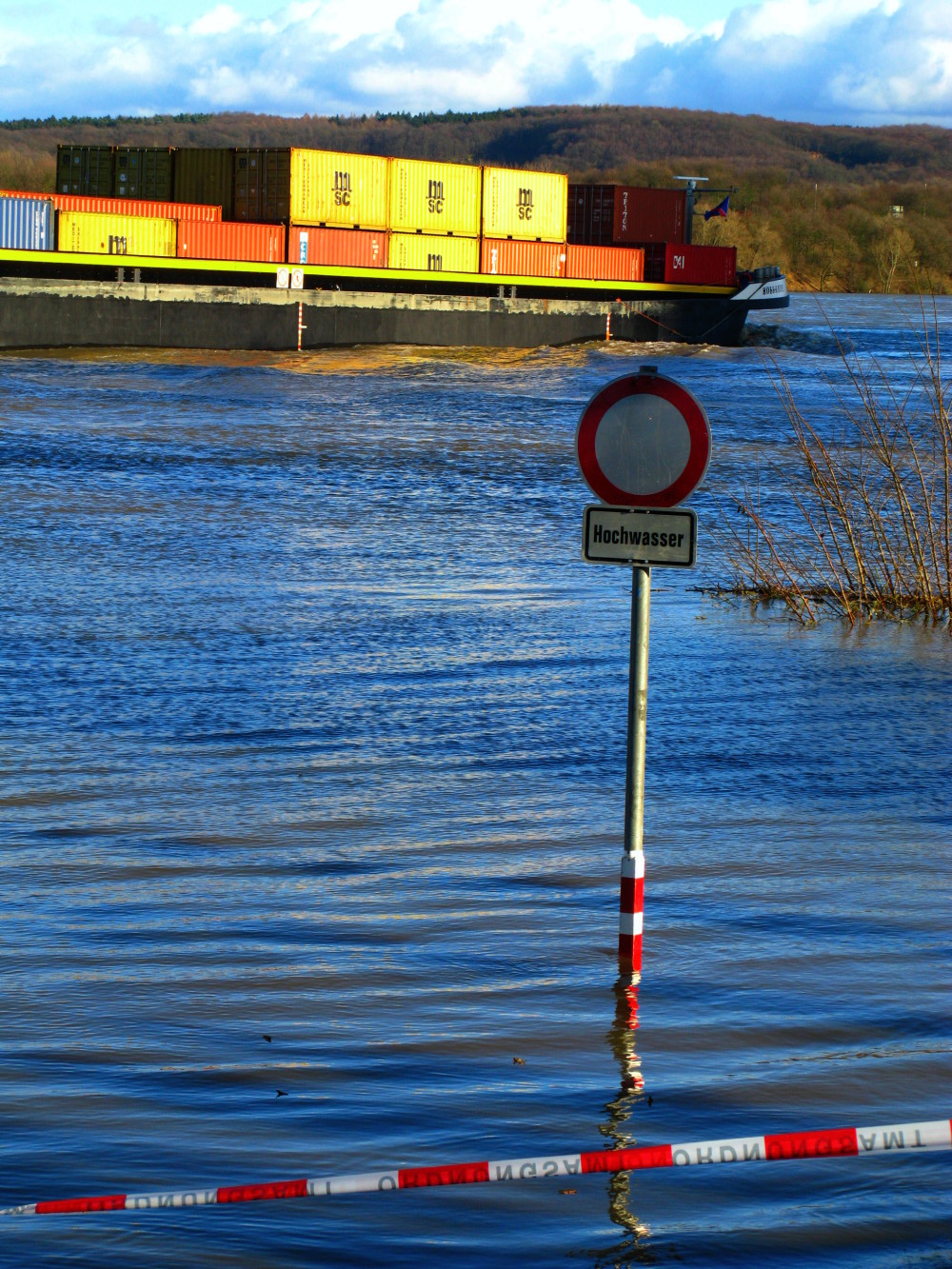 The rhine is flooding