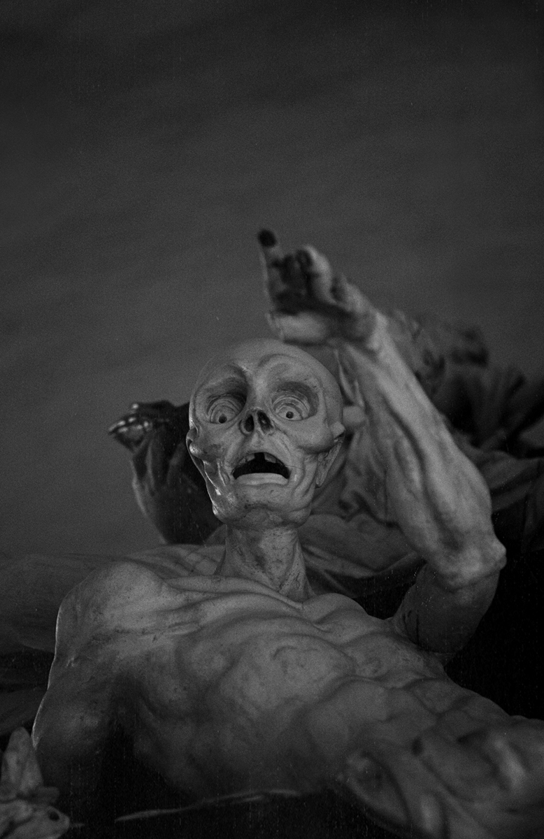 skeleton statue, statue