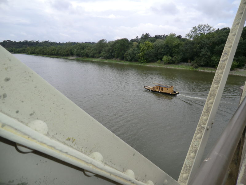 Bateau ligérien au Pont Historique