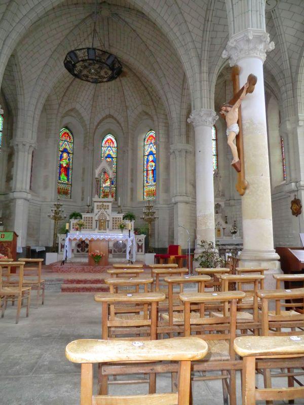 Intérieur de l'église de Chaudefonds-sur-Layon