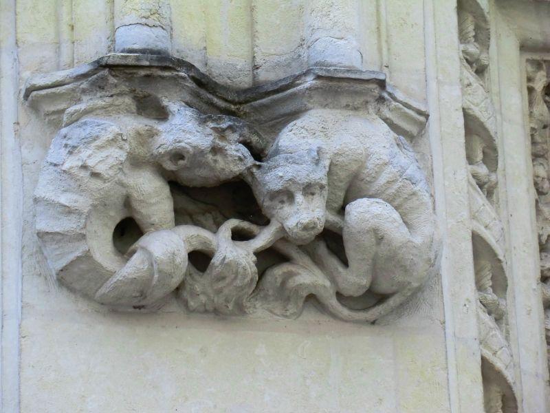 Sculptures à la Rue Rousseau