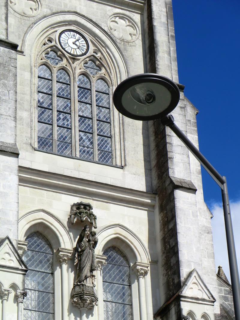 Vierge à l'enfant à l'église Notre-Dame