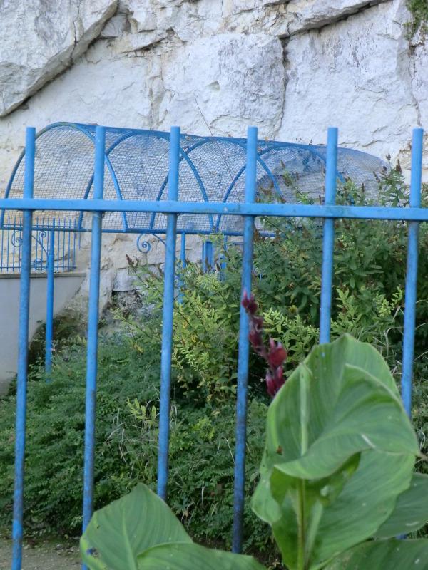 L'entrée du site Pierre et Lumière