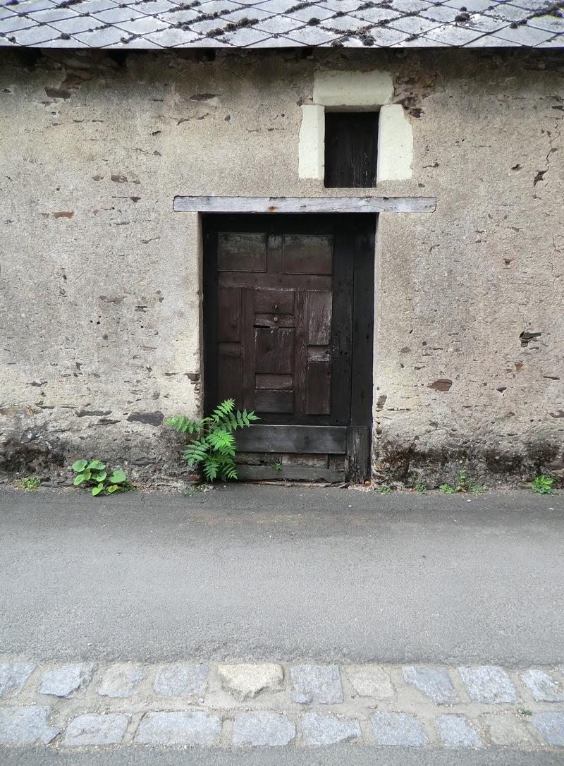 Le seuil,le passage et la porte sont si liés ....