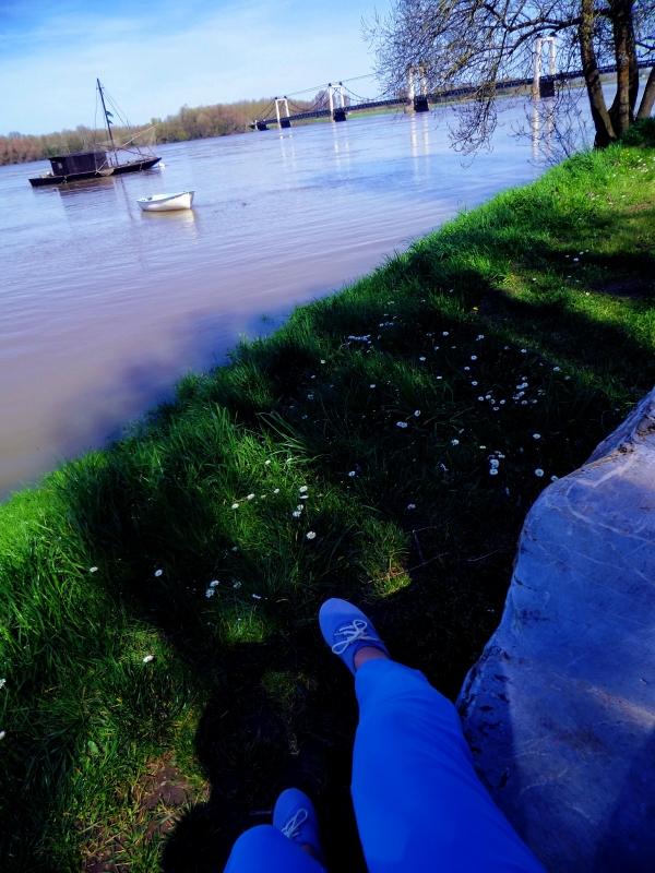 Aux pieds de la Loire,s'asseoir sur son rocher