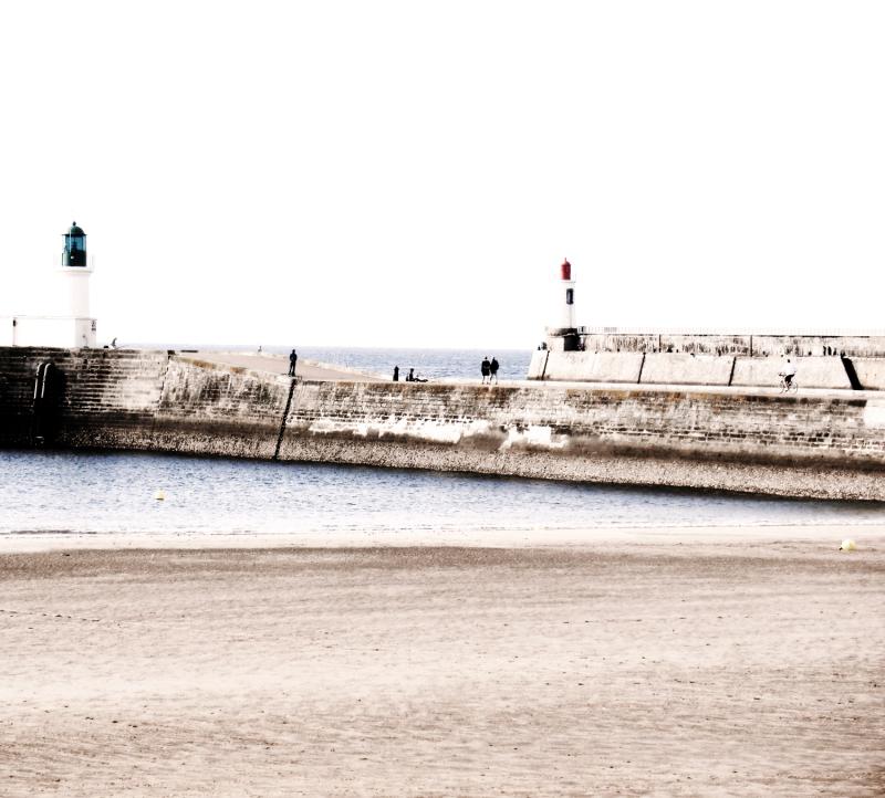 Lampe du phare laisse éteindre le rayon du sable