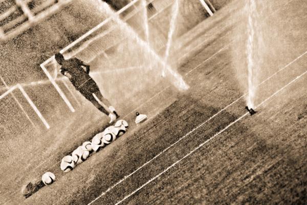 A la finesse du match,le joueur a jeté son but...