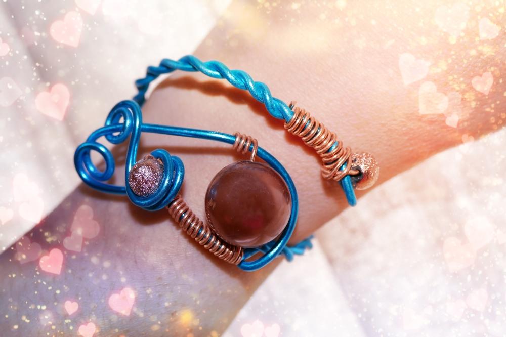 L'explosion d'énergies créatrices au bracelet...