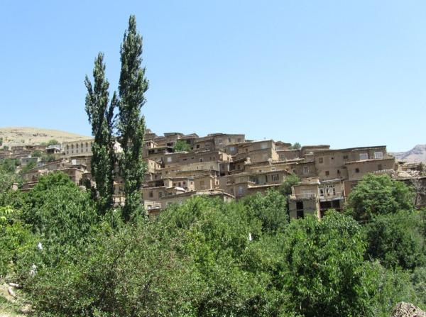 روستای دیزباد