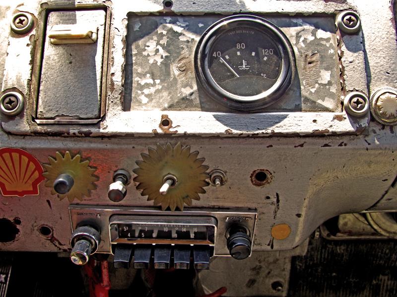 Life like a Radio ...!