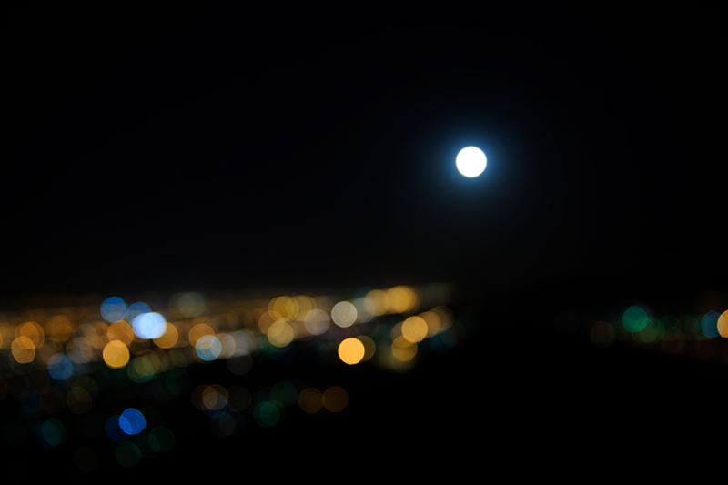 Moon & bokeh