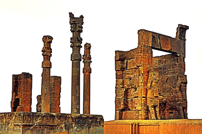 کاخ دروازه ملل پرسپولیس