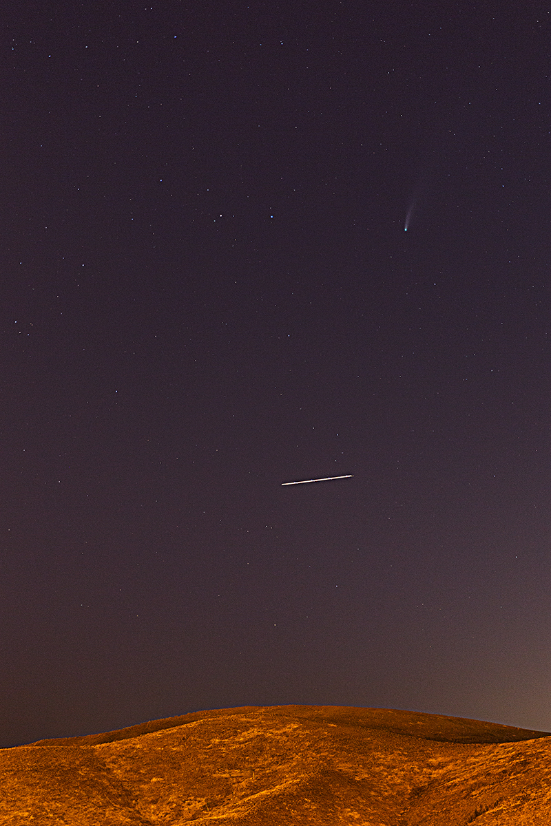 Comet NEOWISE & Plane !