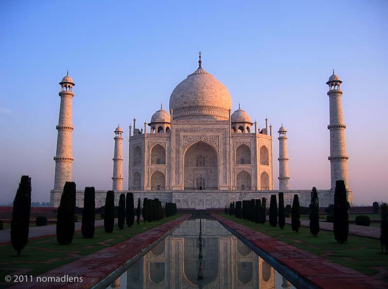Taj Mahal at dawn, Agra, UP, India