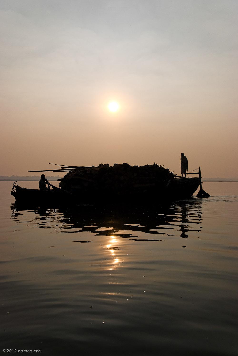 Pyre supplies, Varanasi, UP, India