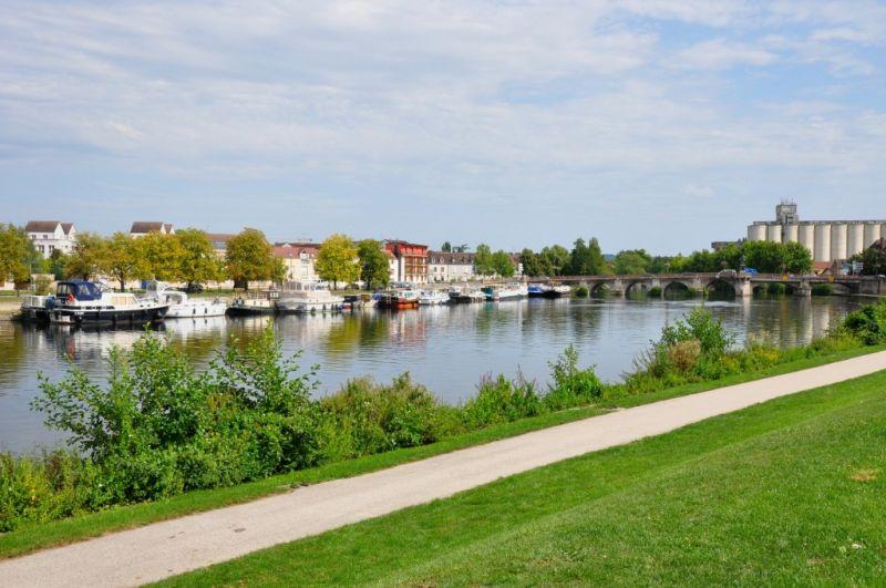 Au bord de l'Yonne
