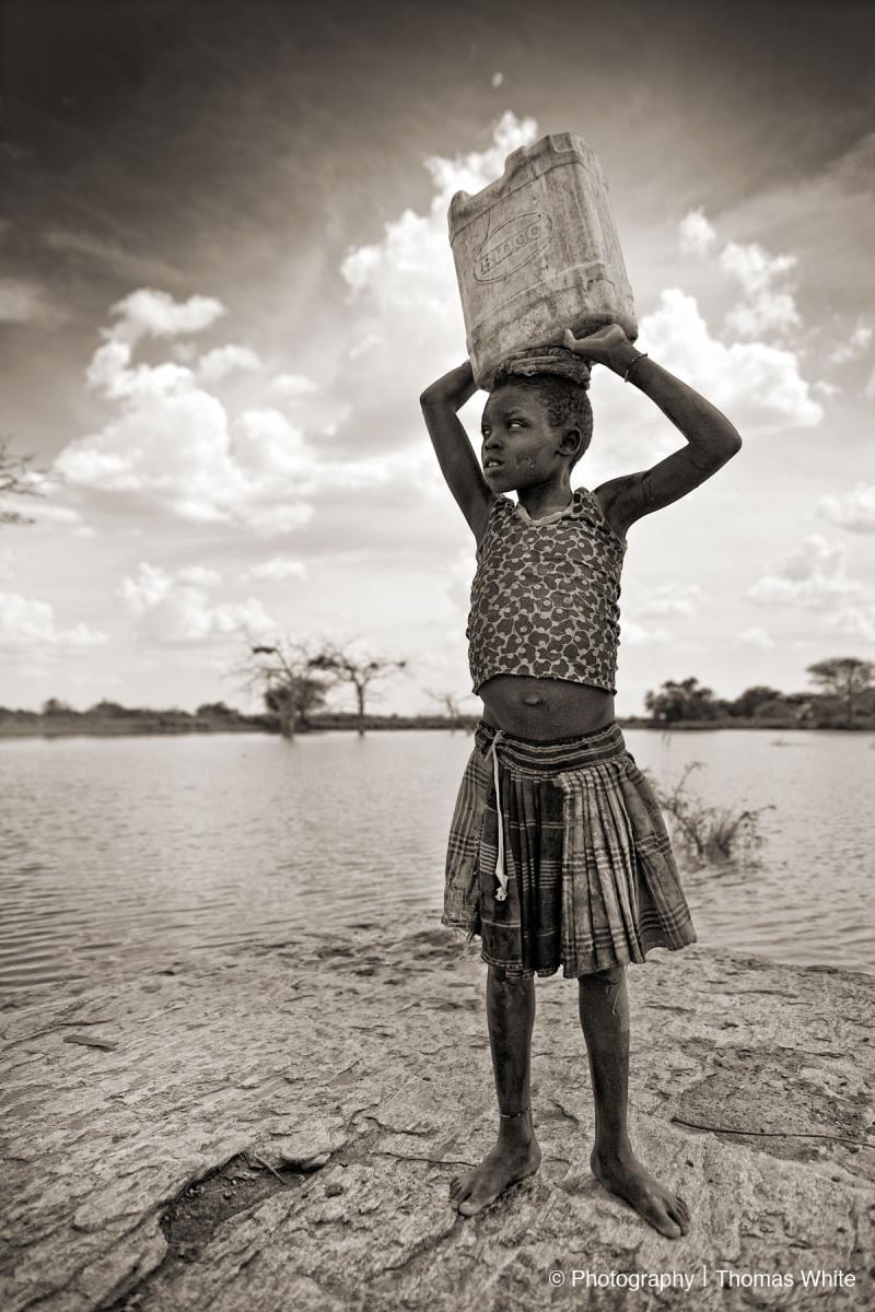 Kotido, Karamoja III - Collecting water.