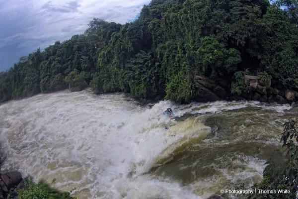 Running Kalagala Waterfall on the Nile in a Kayak