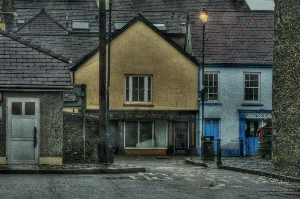 llandovery closed shops