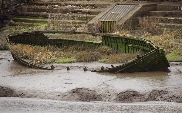 wrecked boat at Port Talbot
