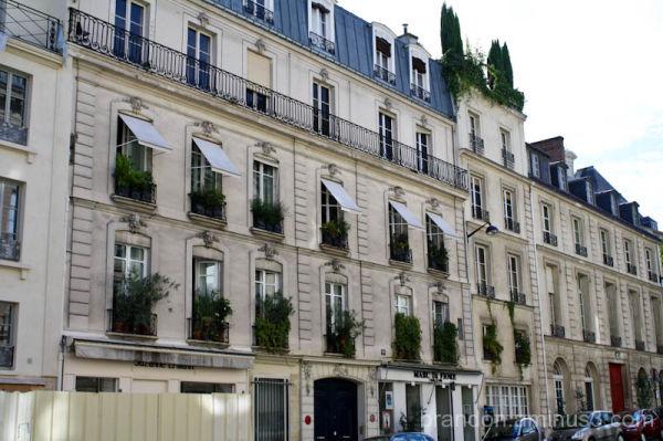 Parisian Living