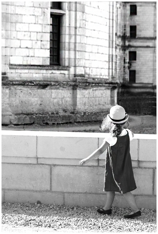 L'enfant au chapeau...