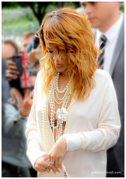 Rihanna au show Chanel.
