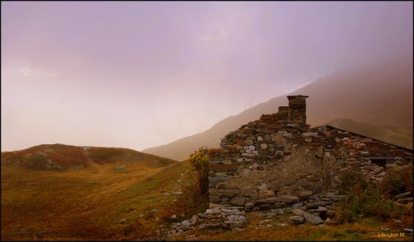 """""""La montagne nous offre le décor ..."""