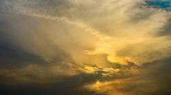 A l'envers des nuages, il y a toujours un ciel.