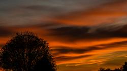 Ciel rouge le soir laisse bon espoir