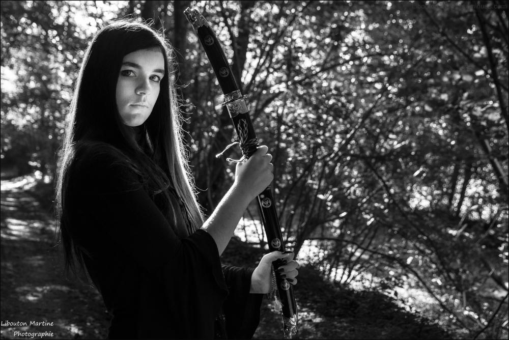 La jeune fille au catana