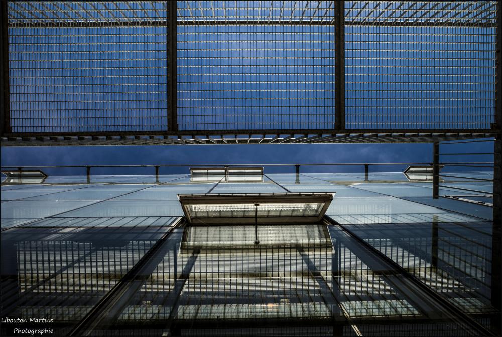 Fenêtres ouvertes en cage