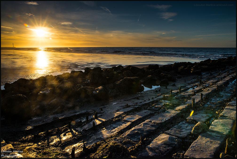 Quand le soleil se couche, on en voit la grandeur.