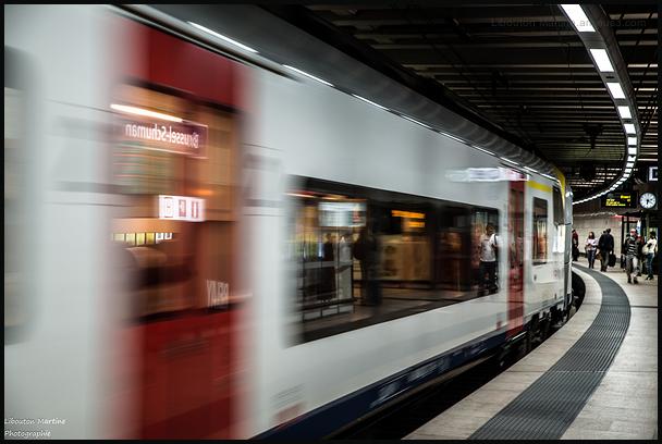 18h20 le train entre en gare de Brussel-Shuman