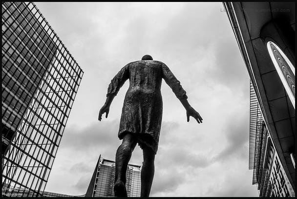 Solitude urbaine 1 / La vie à Bruxelles