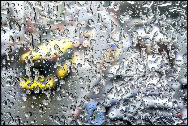 Quand la pluie gèle sur les fenêtres ...