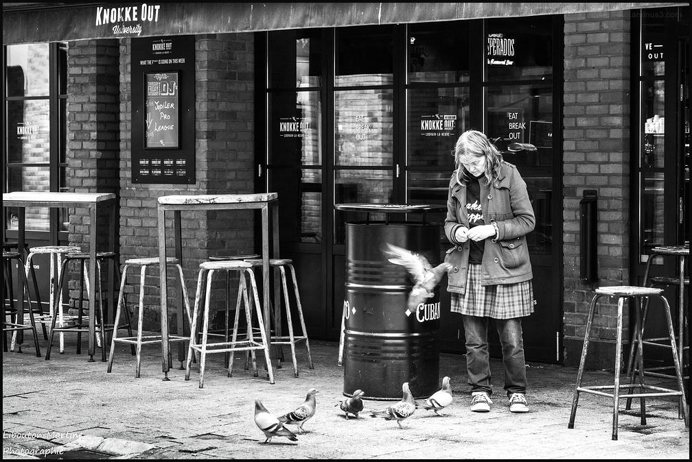 La dame aux pigeons !