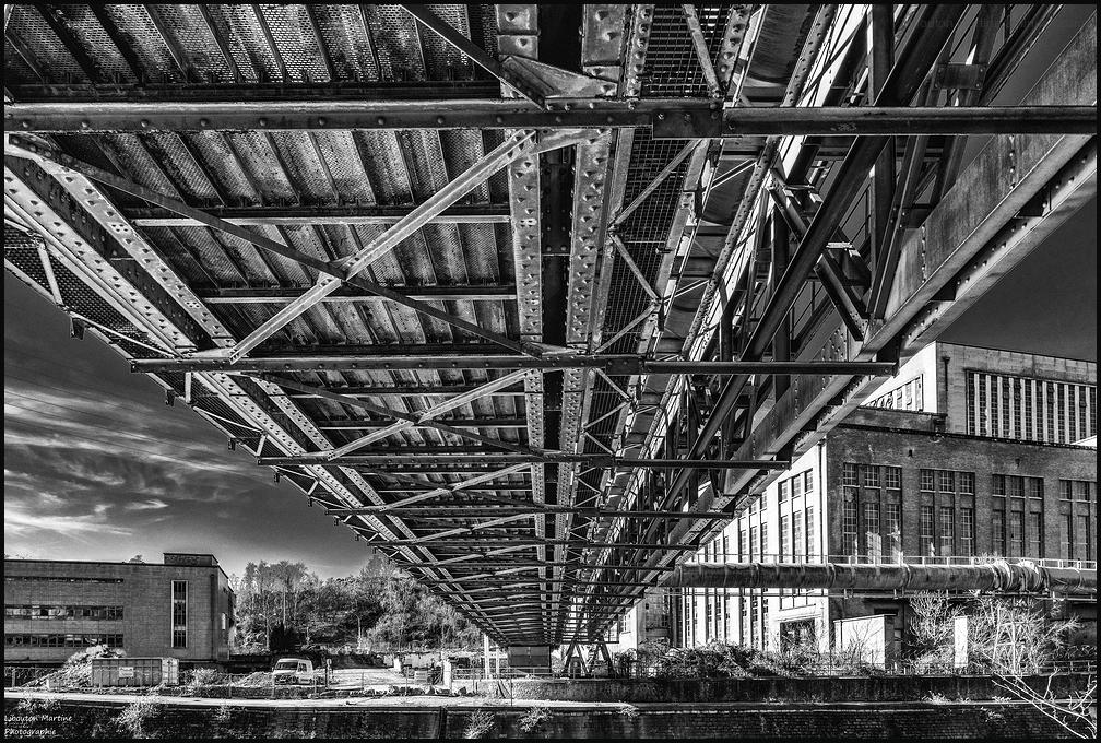 Sous le pont !