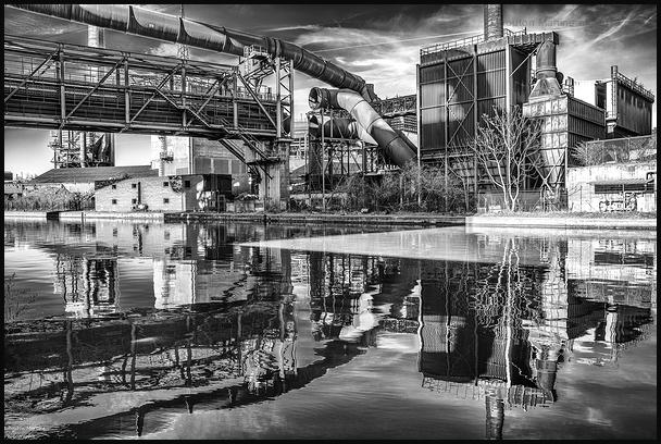 Paysage industriel sur la Sambre