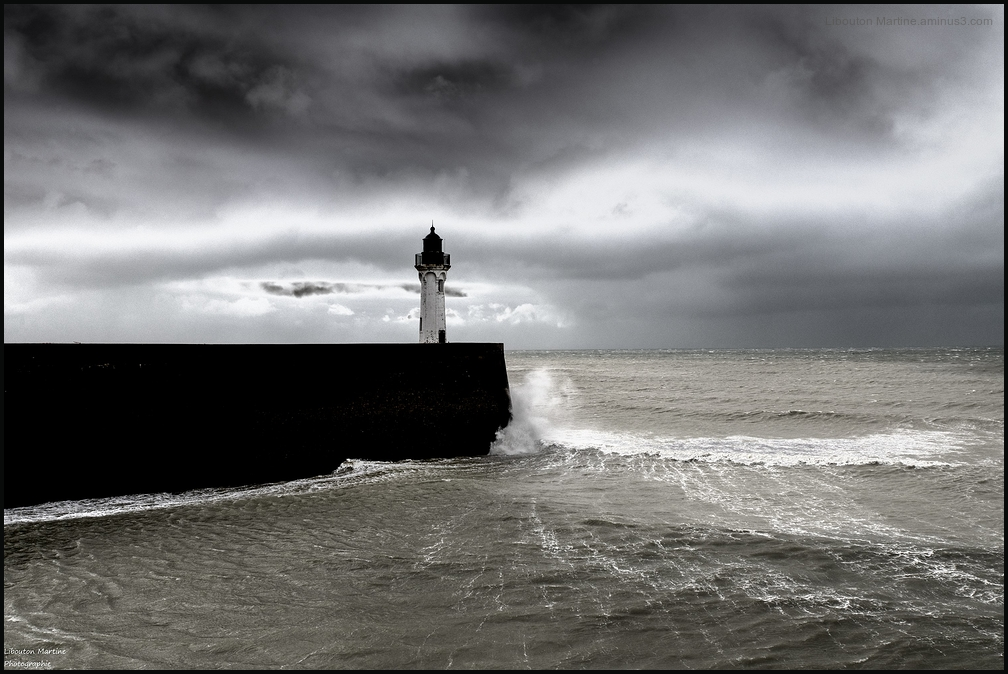 Jour de tempête à Saint-Valéry -en Caux