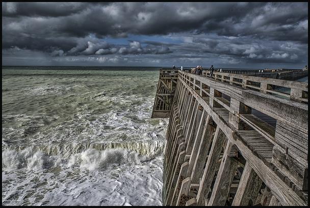 Quand la mer gronde à Dieppe !