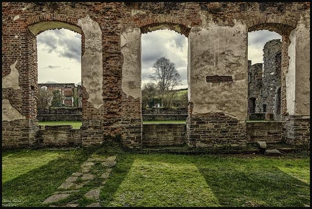 Les ruines de l'abbaye !!