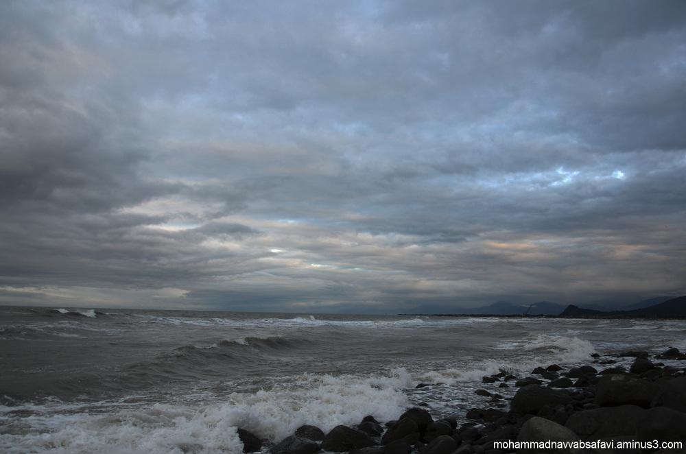 Unrest sea