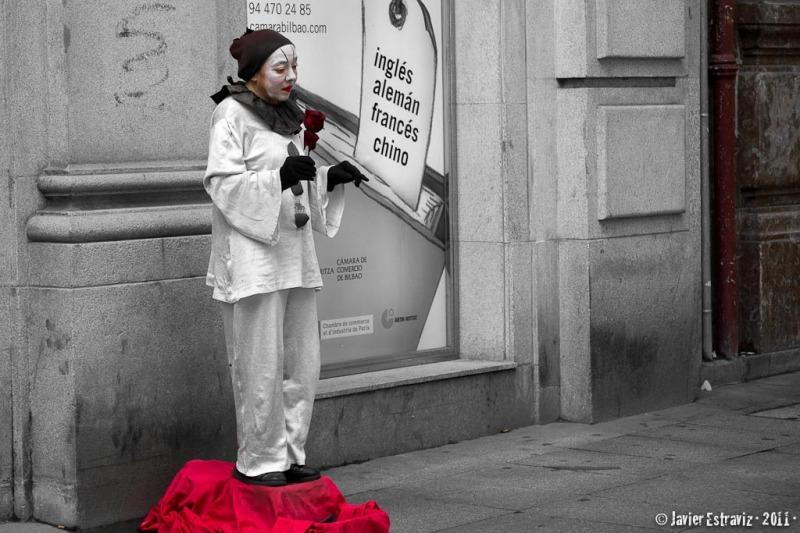 Street mime in Bilbao