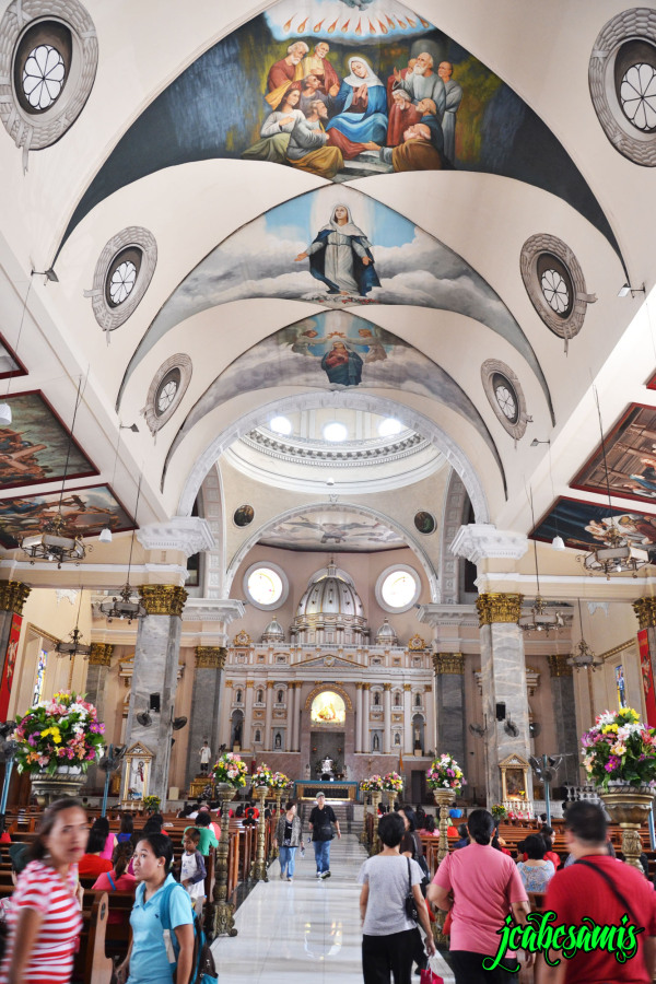 inside binondo church manila