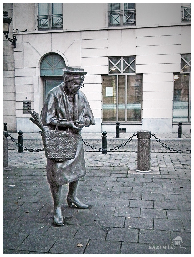 Old lady / Bruxelles