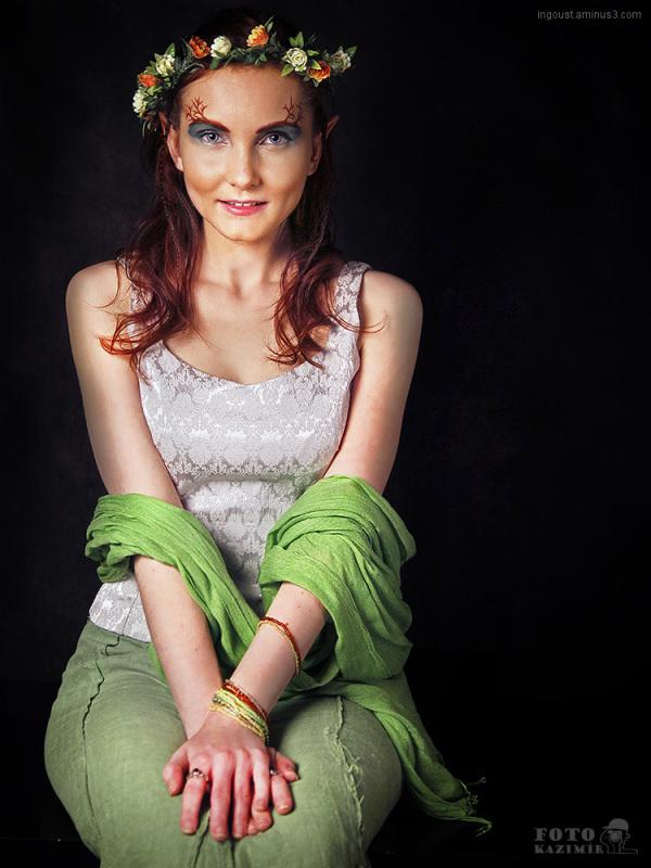Elf girl 01
